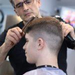 Sådan sparer du penge hos frisøren